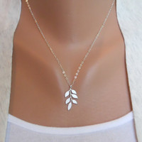 Leafy Necklace  white gray leaf pattern  sterling by morganprather