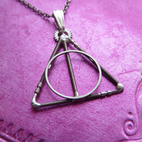 Deathly Hallows Pendant by amechanicalmind
