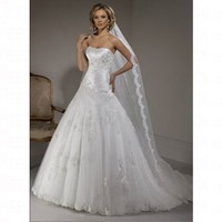 Luxurious Spring 2012 Princess Sweetheart Sleeveless Lace up Hourglass Wedding Dress