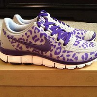 Nike Free 5.0 V4 Purple Leopard Size 6