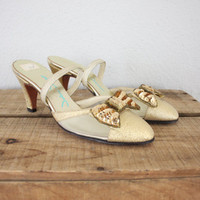 Vintage Shoes // 1950s Shoes // Vintage High Heels // Golden Bow Tie Cocktail Shoes // Slipper Sandals