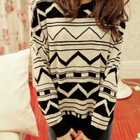 Aztec White &amp; Black Sweater