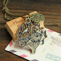Birdie little trees pendant necklace
