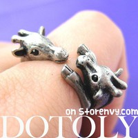 Mom and Baby Giraffe Animal Hug Wrap Ring in Silver - Sizes 5 to 9