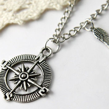 Personalized vintage style compass pattern Necklace by qizhouhuang