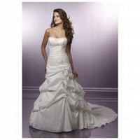 Chic White Satin A line Sweetheart Neckilne Pleated Waistline Wedding Dress