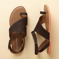 SIDEWISE SANDALS