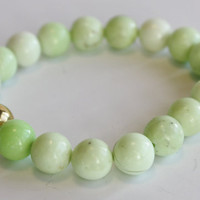 Pale Green Lemon Chrysoprase beaded bracelet / stretch bracelet / handmade bracelet / stacking bracelet