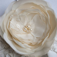 Bridal hair flower brooch and hair clip ivory by floraljewellery