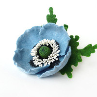 Felted Brooch pale blue Poppy with green leaves