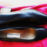 NORDSTROM COMFORT SHOES NAVY BLUE LEATHER CLASSICS PUMPS LOW HEELS!S S7/37,5WW