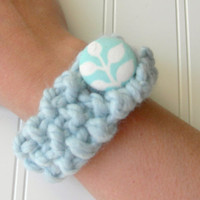 SALE Chunky Knit Bracelet in Glacier Blue with by WindyCityKnits