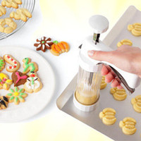 One Click Clear Cookie Press Pro - Itâ??s easy to make dozens of shaped cookies, pastries and crackers in a flash, just fill this press with your favorite dough and squeeze the handle - LatestBuy Australia