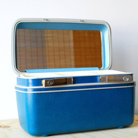 Vintage Blue Samsonite Sentry Train Case - Near-Mint Condition Retro Luggage