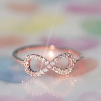 Perfect INFINITE / INFINITY ring in rose gold