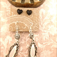 Dangle earring and heart set