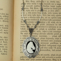 Horse Cameo Necklace - RagTraderVintage.com