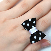 Bow ring, black and white polka dot bow, adjustable ring