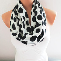 Infinity Scarf Loop Scarf Circle Scarf Cowl Scarf Black Dots on White Polka Dots