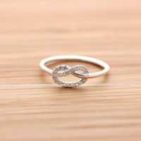girlsluv.it - sterling silver, tiny KNOT HEART with crystals ring