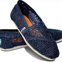 Navy Crochet Women&#x27;s Classics FREE Shipping | TOMS.com