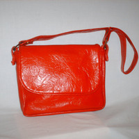 Vintage 1970s Red Textured Purse