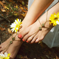 Barefoot Sandals Footless Sandals Anklet Toe Ring Foot Jewelry Boho Bohemian Gypsy Emerald Charm