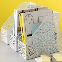 Metal Lace Magazine Holder