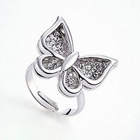 [17.99] Elegant Alloy &amp; Silver Plating Butterfly Rings With Austria Crystal - Dressilyme.com