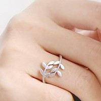 accessoryinlove  Leaf Ring