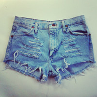 Vintage High Waisted Light Denim Shorts by NewSpiritVintage