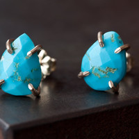Faceted Blue Turquoise Stud Earrings in 14kt Gold