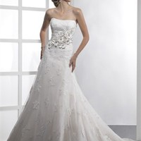 Delicate Strapless Natural Waist A-line Small Train Lace Style Wedding Dress WD2027
