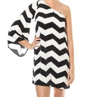 The Palms Chevron One Sleeve Peasant Dress