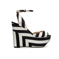 FABRIC WEDGE SHOE - Wedges - Shoes - Woman - ZARA Denmark
