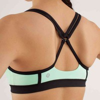 heat it up bra | women&#x27;s bras | lululemon athletica