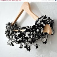 Black and white crochet bubble scarves by Ayca on Etsy