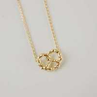 tiny pretzel necklace in gold