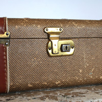 Vintage Travel Case Mad Men Cosmetic Case by VintageShoppingSpree