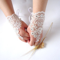 Wedding Gloves Sparkling Stones Lace Wedding Accessory by bytugce
