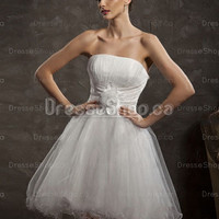 Cocktail Dresses 2013 — A-line Strapless Tulle Satin Short/Mini White Flowers Homecoming Dress at Dresseshop.ca