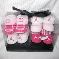 Amazon.com: 4-pairs Nike Air Jordan Booties Socks Crib Shoes 0-6 Months Infant Newborn Baby Holiday Gift Set Christmas: Baby