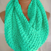 Mint scarf  by Arzu&#x27;s Style