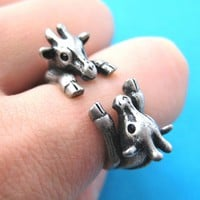 Adjustable Realistic Double Giraffe Animal Hug Wrap Ring in Silver