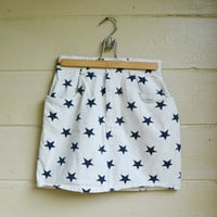 Vintage 1980s White Denim Skort with Blue Stars Denim Shorts Size 9 Patriotic Nautical Shorts