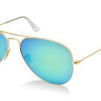 Ray-Ban RB 3025 112/19 Metal Aviator Gold / Green Blue Mirror: Clothing