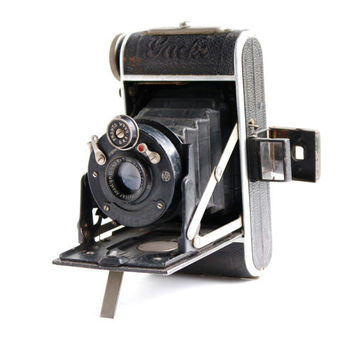 Antique Black Welta Gucki Camera -  Rare 1930s Art Deco Small Folding Vintage Accordion German Camera / Beautiful Bellows