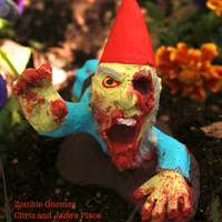 Zombie Gnomes: Legless Larry