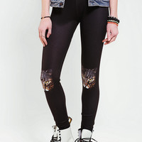 Urban Outfitters - Cat Knee Legging