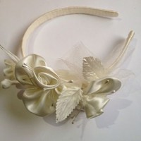 New Handmade Fancy Formal Bridal White Wedding Flowers Girl Headband Birthday